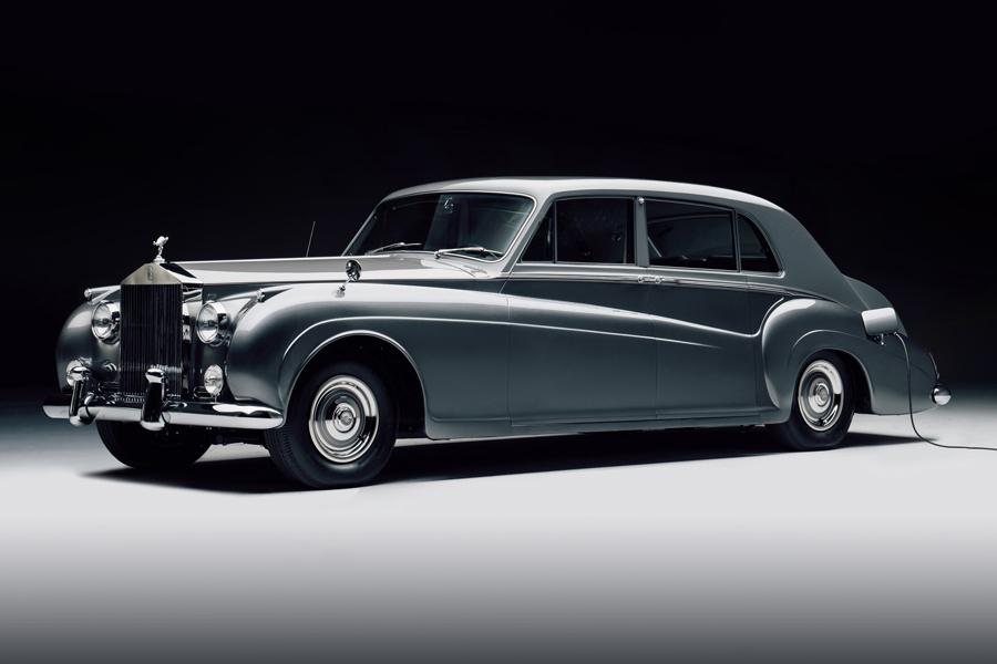 Das schockierende neue Rolls Royce Phantom V-Konzept