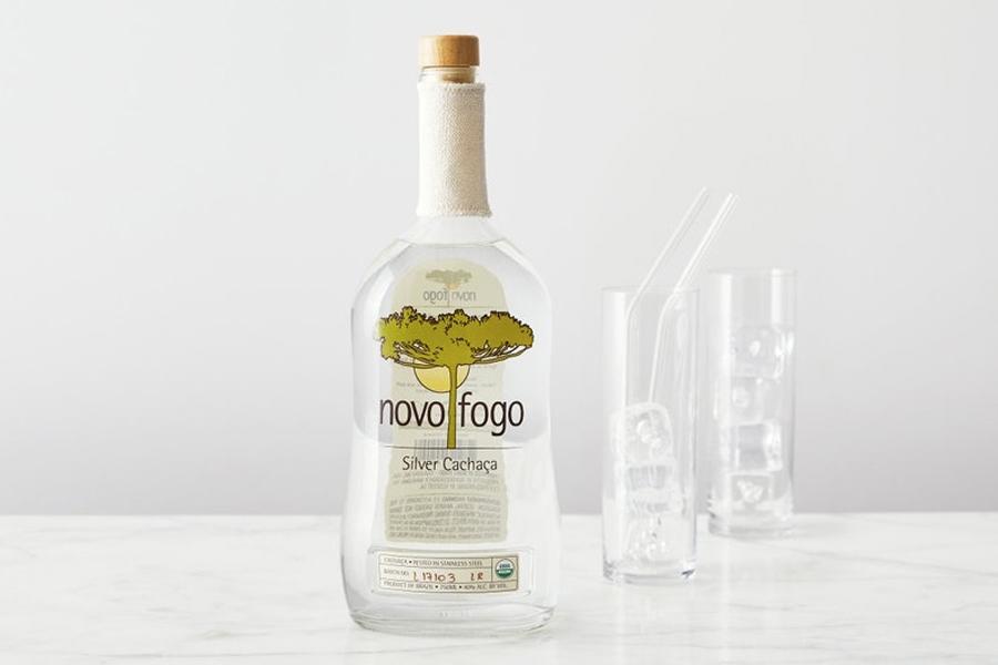 Novo Fogo weist die Spirituosenindustrie auf eine nachhaltige Zukunft hin