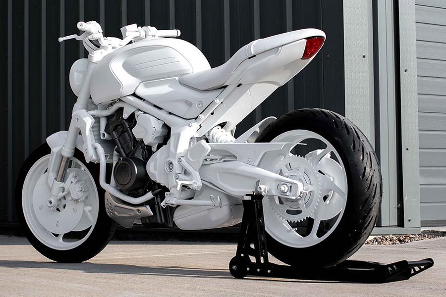Triumph Motorcycles Trident Concept zurück