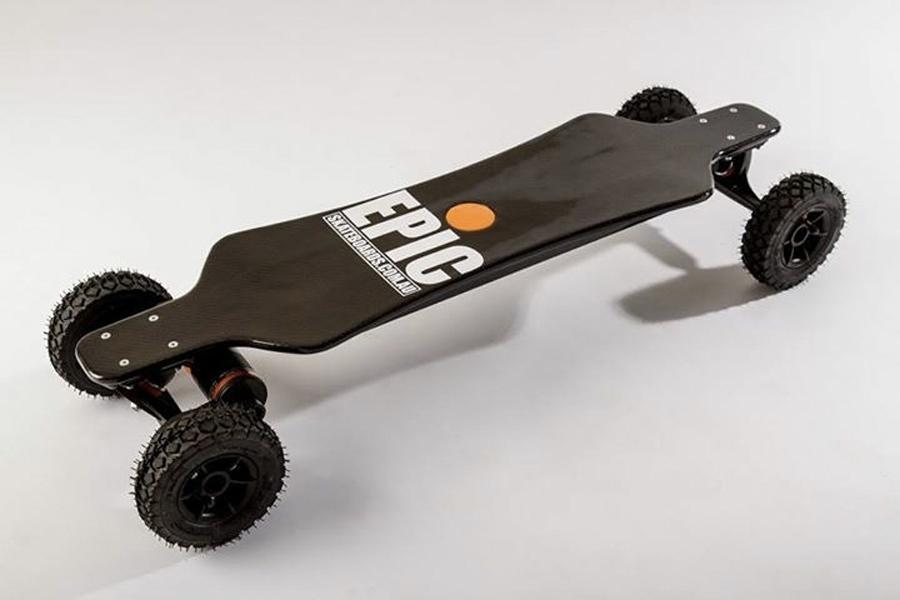 Beste elektrische Skateboards - Das Racer 3200 Carbon Dual Pro +
