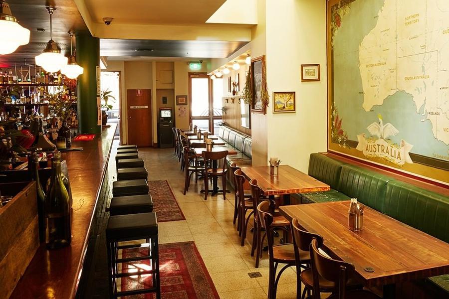 Das Einhorn Hotel Night Food Sydney