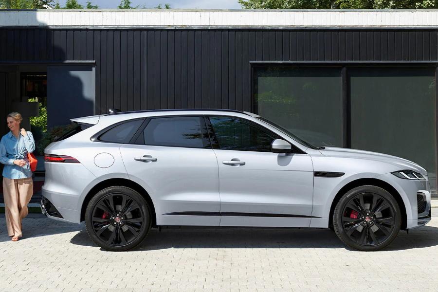 Jaguar F-Pace in Weiß