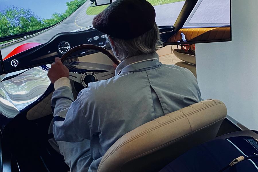 TCCT EClassic Racing Simulator fahren