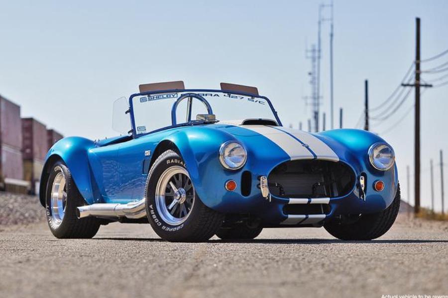 Gewinnen Sie eine Shelby Cobra 427 S / C und $ 20.000!
