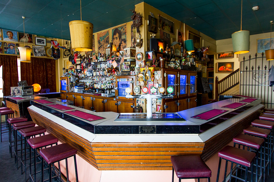 Die Crafers Hotel Pubs in Adelaide