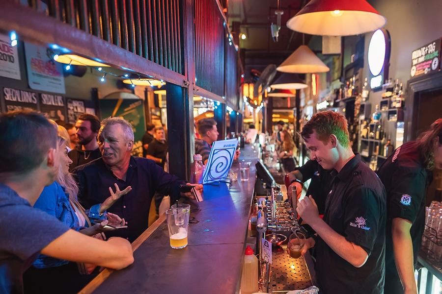 20 besten Pubs in Adelaide für ein Bier und ein Futter
