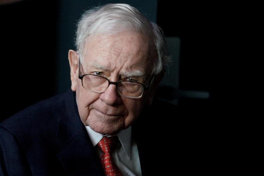 Warren Buffett enthüllt die 4 Eigenschaften, die Macher von Träumern trennen
