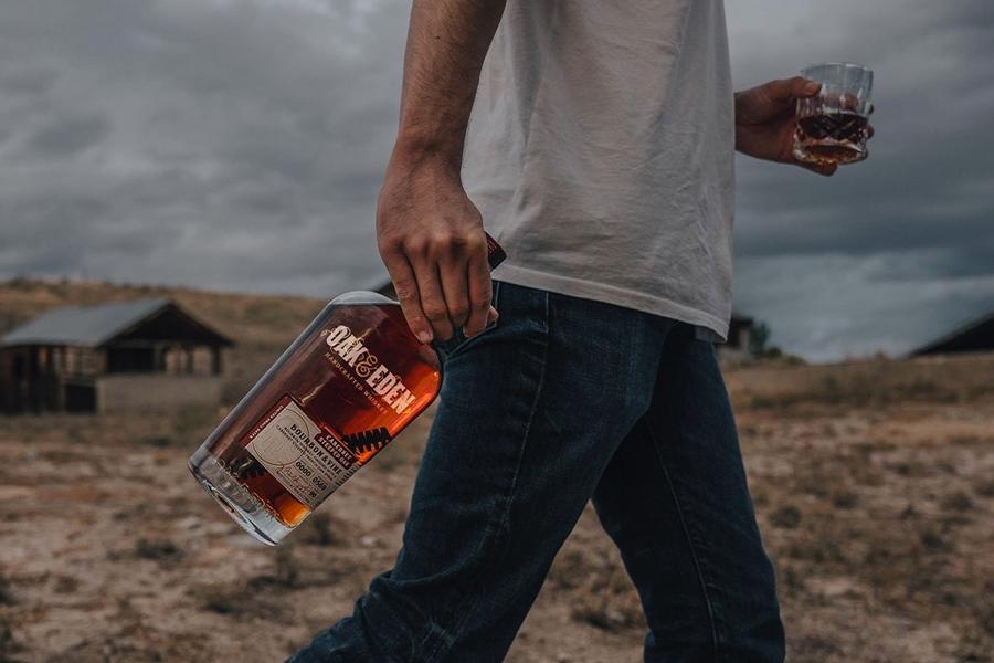 Oak & Eden Whisky bringt das Holz in die Flasche