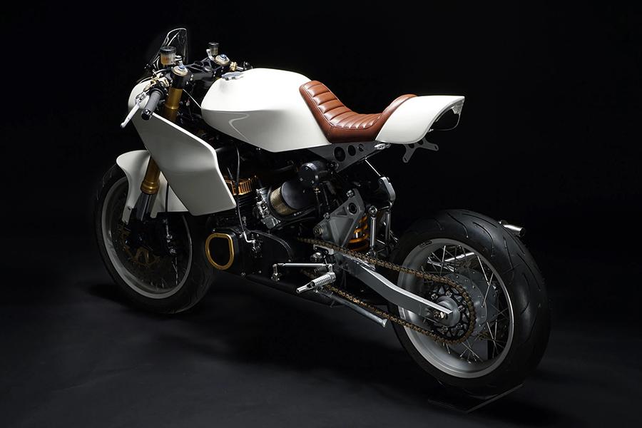 Motoworks Suzuki GT380 Custom zurück