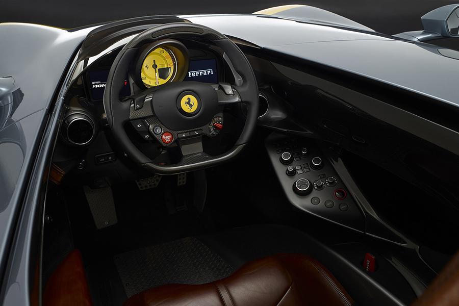 Ferrari Monza SP1 Armaturenbrett