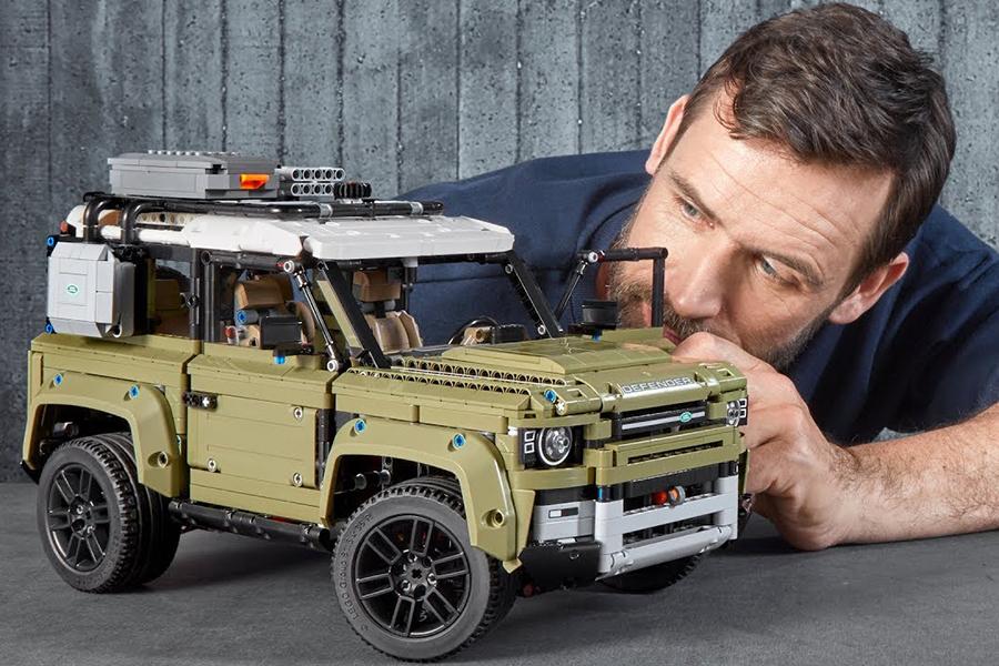 Christmas Gift Guide Outdoorsman Lego Land Rover
