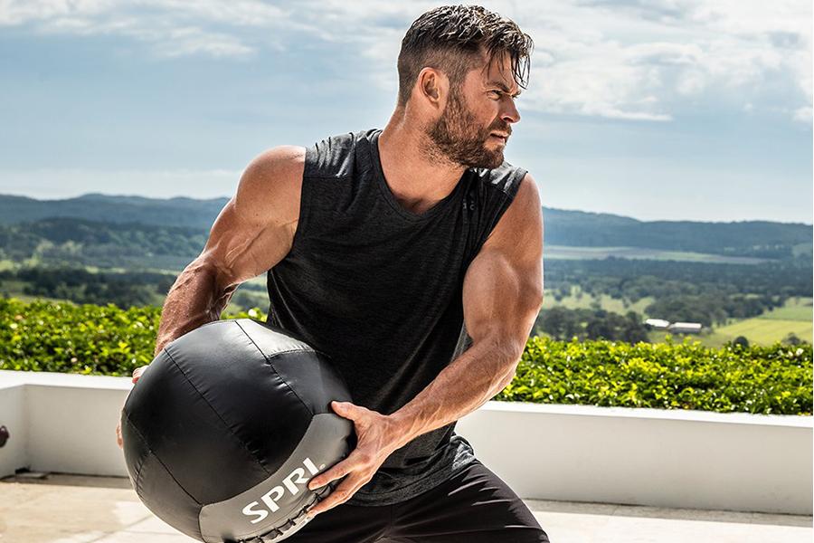 Chris Hemsworths FItness App Center