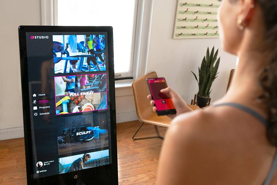 Der Studio Smart Hub für Ihr Heim-Fitnessstudio mit App