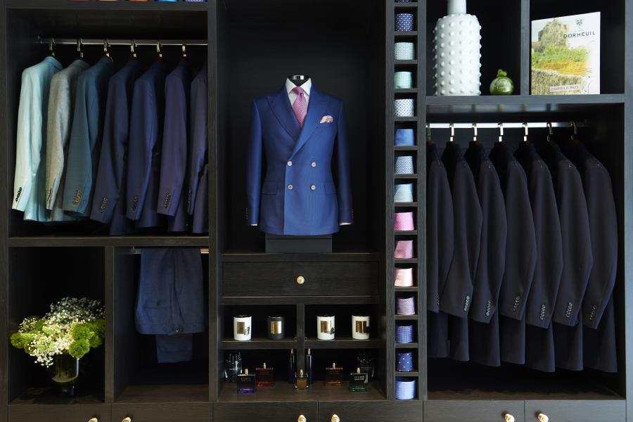 Der maßgeschneiderte Eck-Schneider New Flagship Sydney Store eröffnet