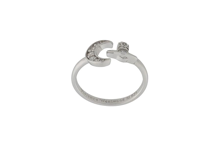Vivienne Westwood Dorina ring Christmas Gift Guide Stylish Man