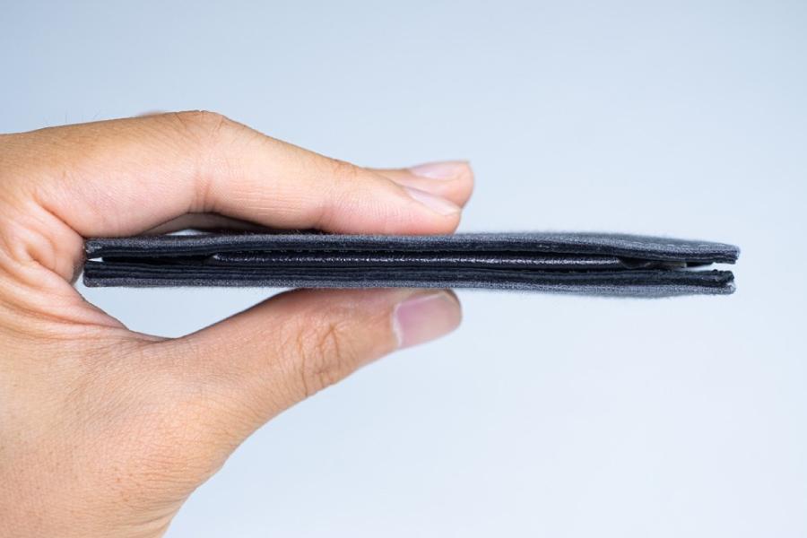 Tenuis 3 ist das ultimative schlanke Portemonnaie