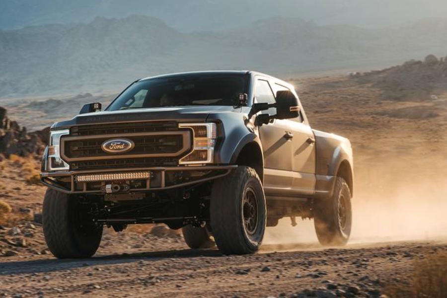 Gewinnen Sie einen Custom Ford F-250 4 × 4 Diesel und 20.000 US-Dollar