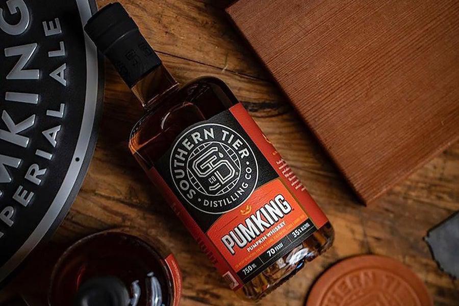 """Der Pumking Whisky von Southern Tier ist """"Kürbiskuchen in einem Schnapsglas""""."""