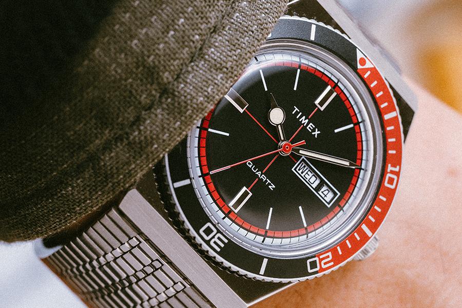 Huckberry x Timex Cola Sportuhr Limited Edition Handgelenk