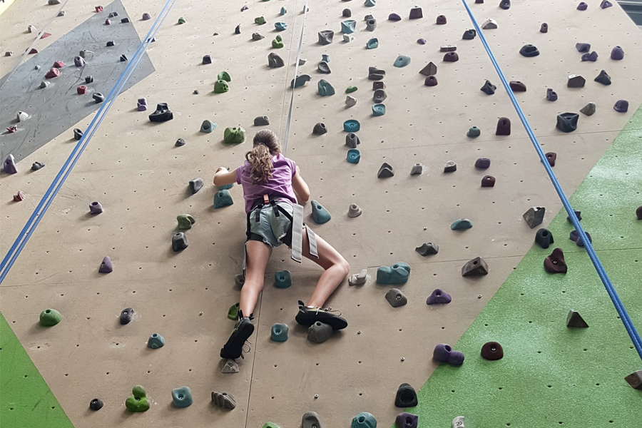 Gravity Worx Indoor Rock Climbing in Melbourne