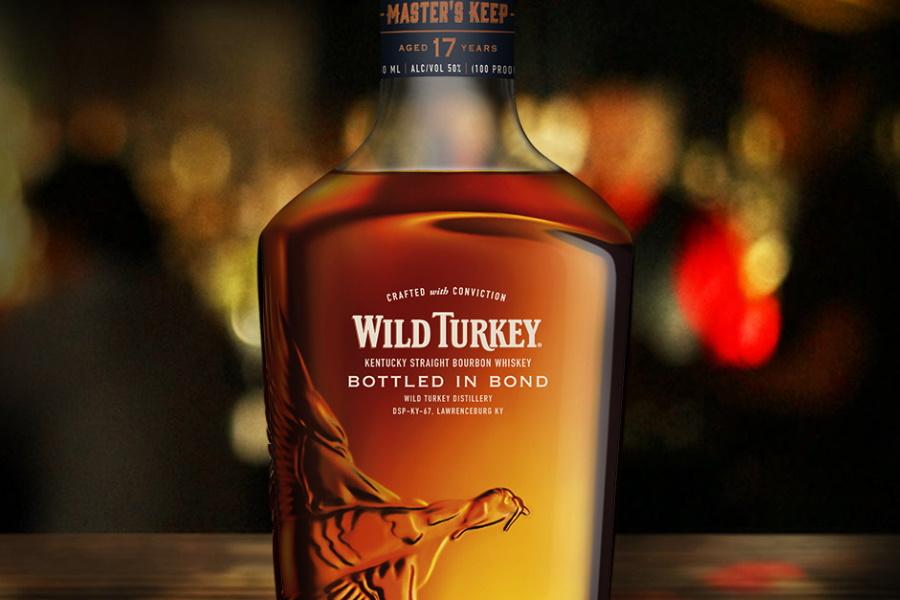 wilder Truthahn in Bond Whisky abgefüllt