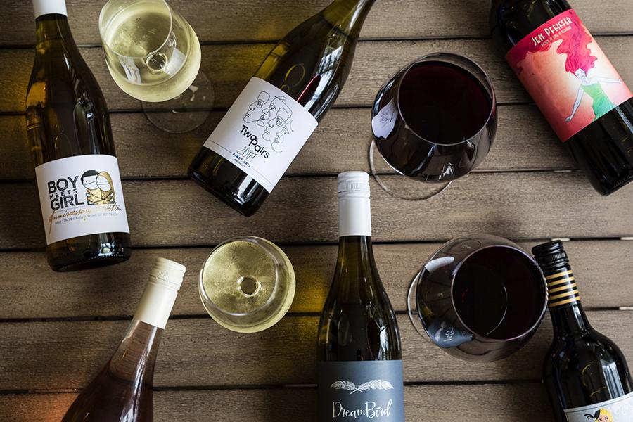 SIEG!  Ein Jahr Wein aus nackten Weinen!
