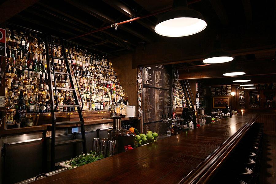 Best Bars in Sydney The Baxter Inn