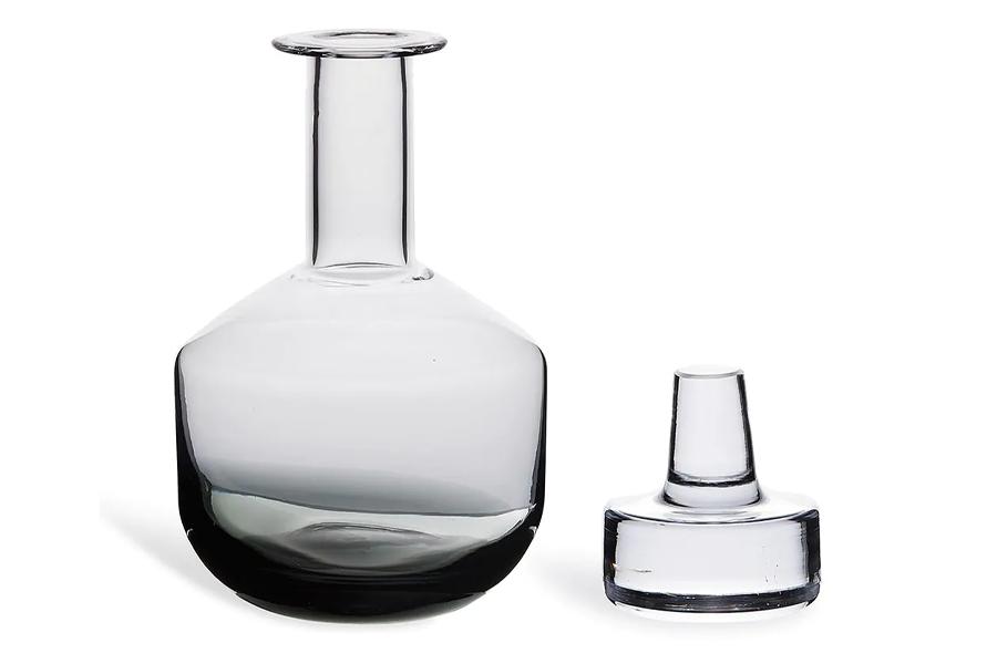 Tank whiskey decanter