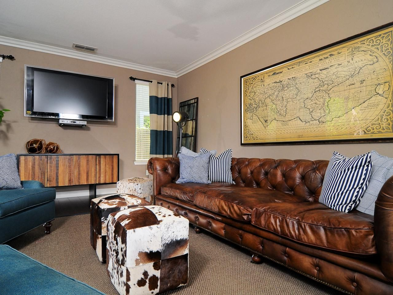 masculine paint colors for rustic living room