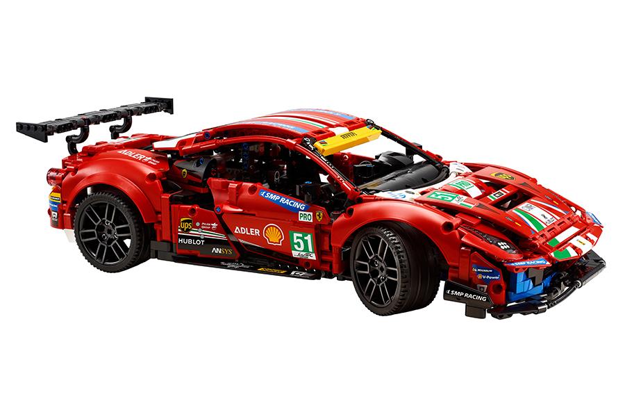 Lego Technic Ferrari 488 GTE Baukasten