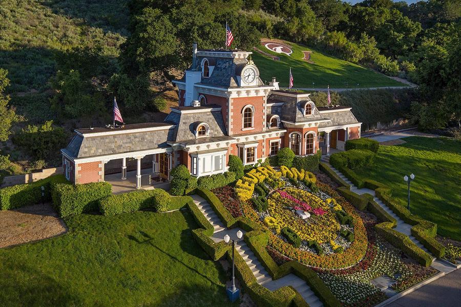 Milliardär kauft Michael Jacksons berüchtigte Neverland Ranch für 28,8 Millionen Dollar