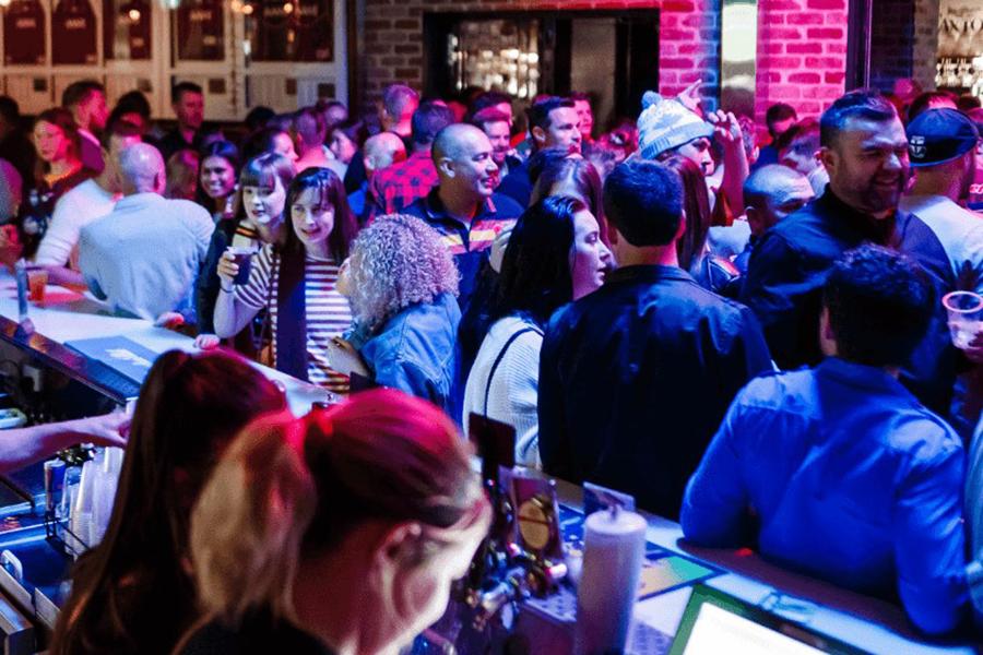 Beste Pubs in Brisbane Das Caxton Hotel