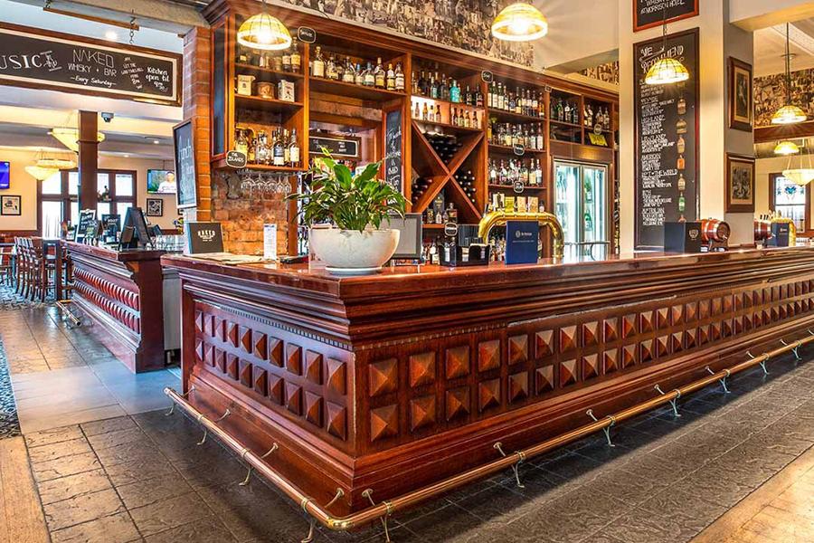 Beste Pubs in Brisbane Das Morrison Hotel