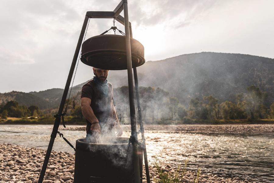 Das Burch Barrel ist ein All-in-One-Grill und eine Feuerstelle