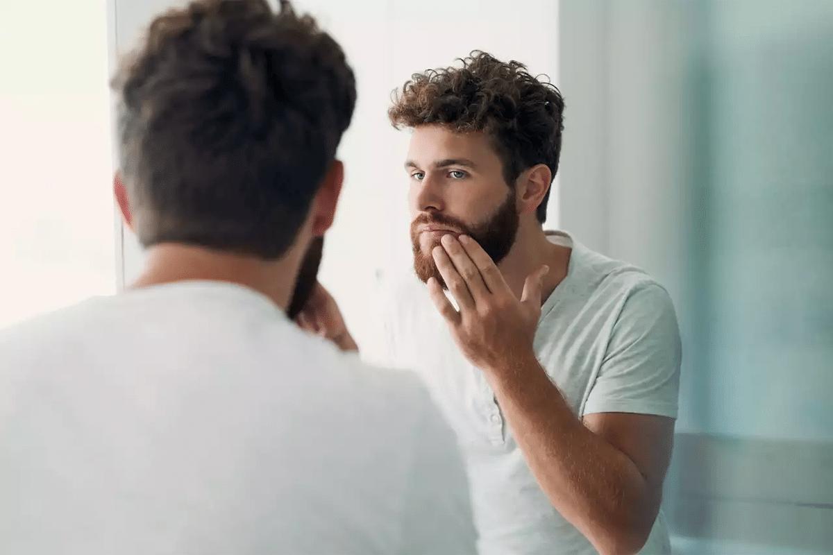 Wie man Bartöl aufträgt