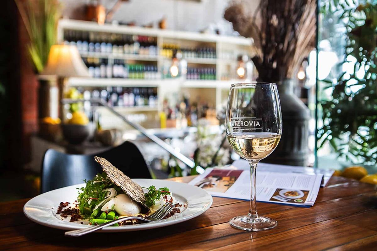 Best Breakfast and Brunch Spots in Melbourne Fitzrovia Restaurant & Cafe