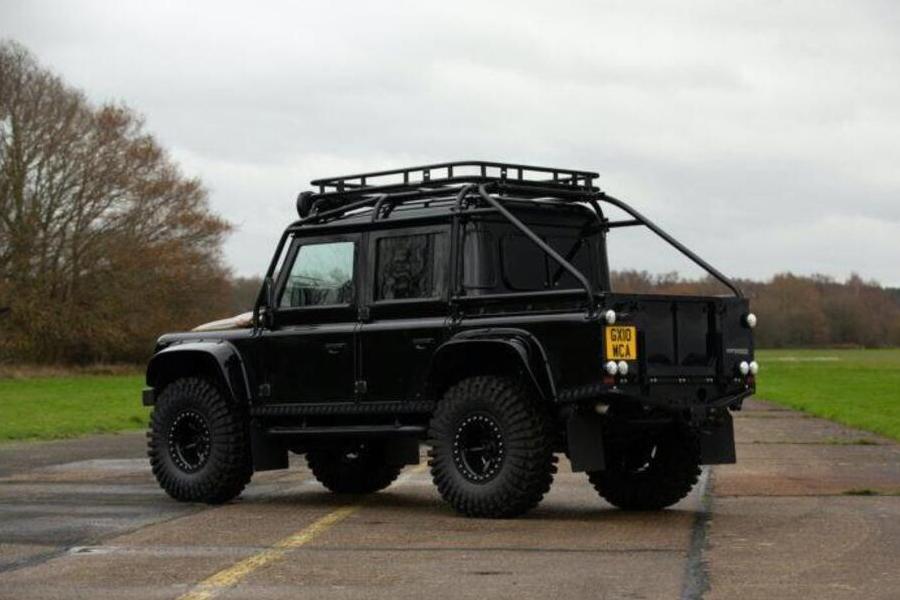 2010 Land Rover Defender Spectre Rückseite