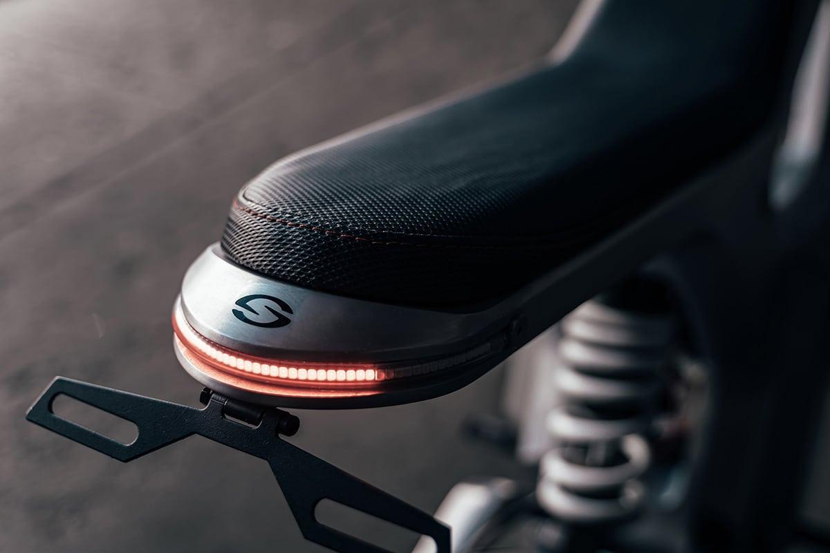 Sondors Metacycle Bremslicht