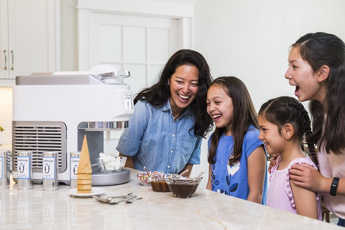 ColdSnap Soft-Serve Eismaschine abgeben