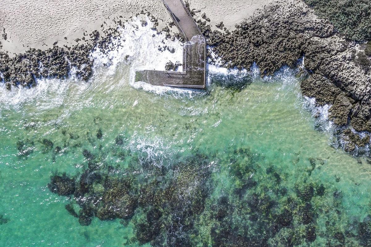 Die besten Strände von Perth, um diesen Sommer Mettams Pool zu besuchen