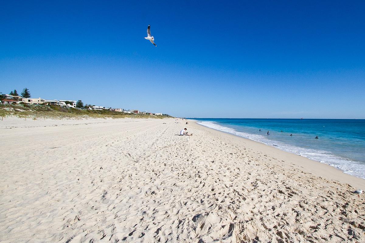 Beste Perth Strände, um diesen Sommer Swanbourne Beach zu besuchen