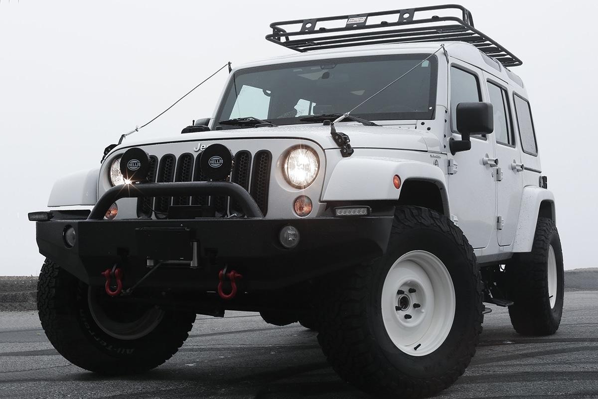 Truth North Jeep Wrangler Vorderansicht
