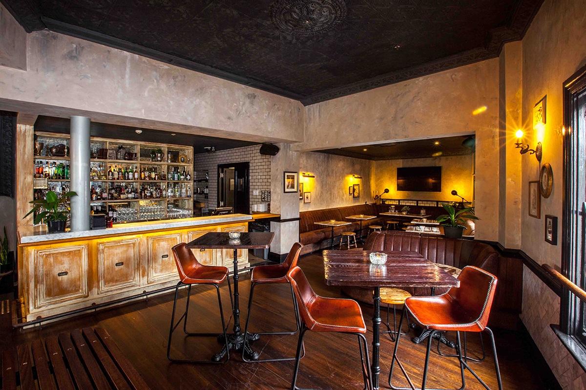 Beste Paddington Bars, um das Nachtleben zu erkunden Das Village Inn Paddington