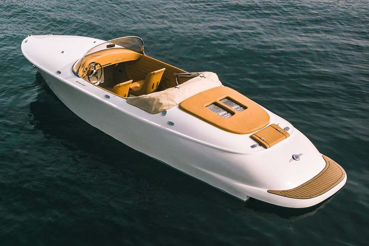 Hermes Speedster E Dayboat Rückseite