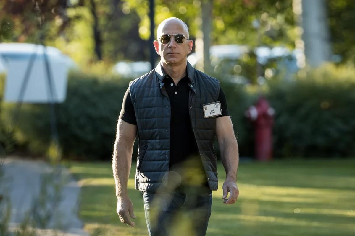 Jeff Bezos tritt zurück