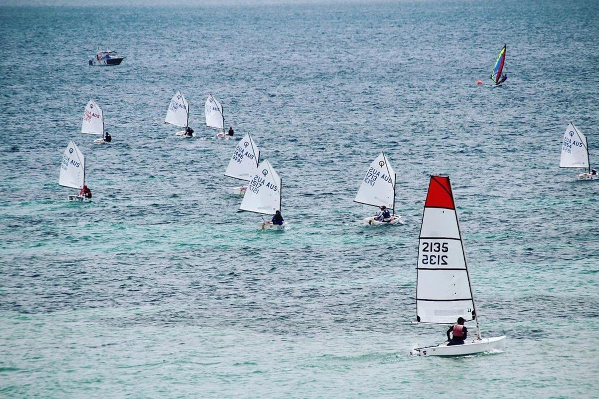 Beste Adelaide Strände zum Schwimmen, Surfen und Schnorcheln Seacliff Beach