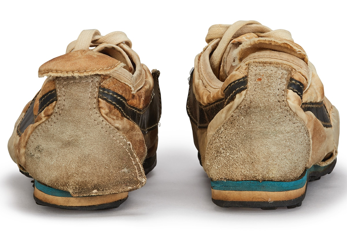 Nike Moon Schuhe $ 150K USD zurück