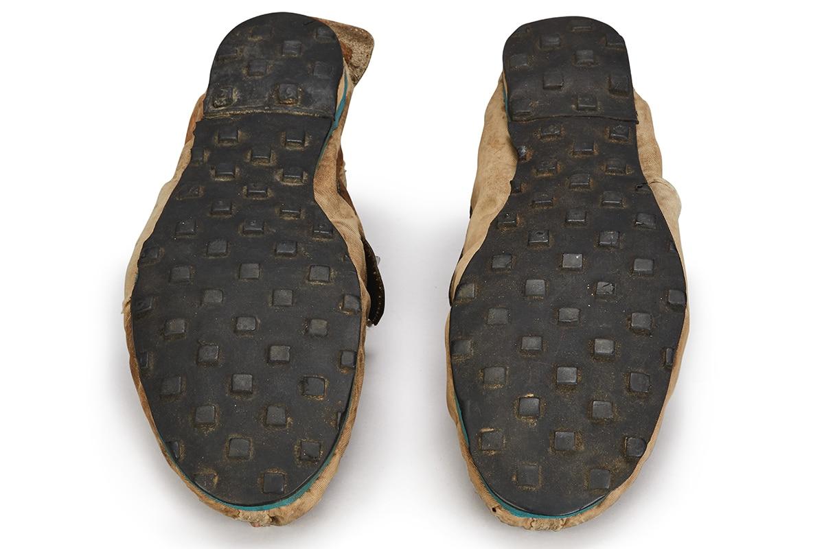 Nike Moon Schuhe $ 150K USD Sohle