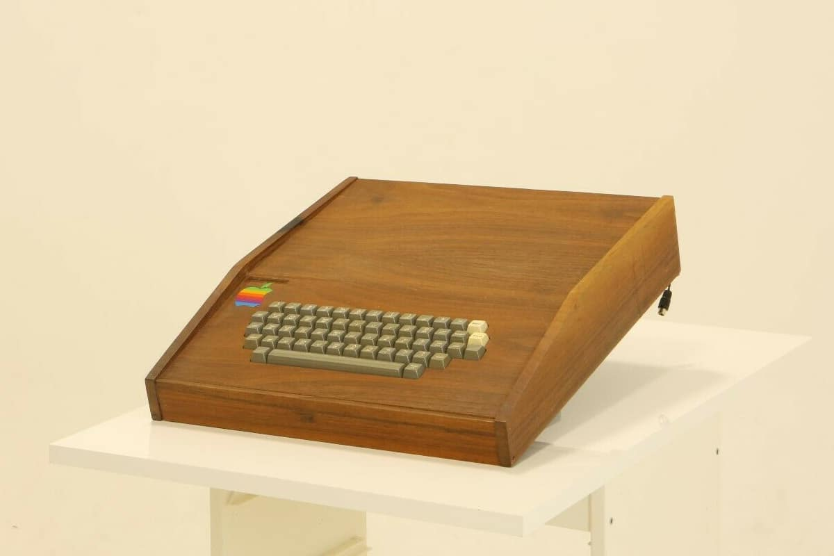 Original Apple Computer für 1,5 Millionen US-Dollar Tastatur