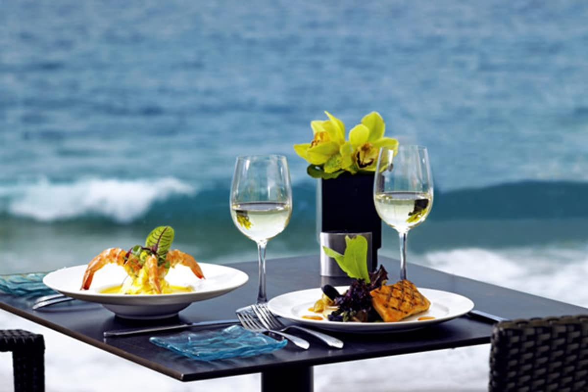Best Bondi Cafes for Breakfast and Brunch Bondi Icebergs Club